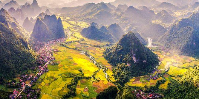 Llamar de PERÚ a VIETNAM